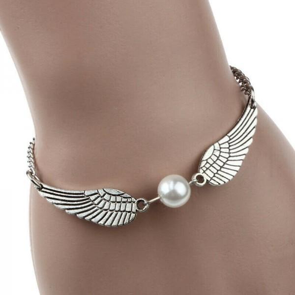 Engelflügel & Perle als Armschmuck